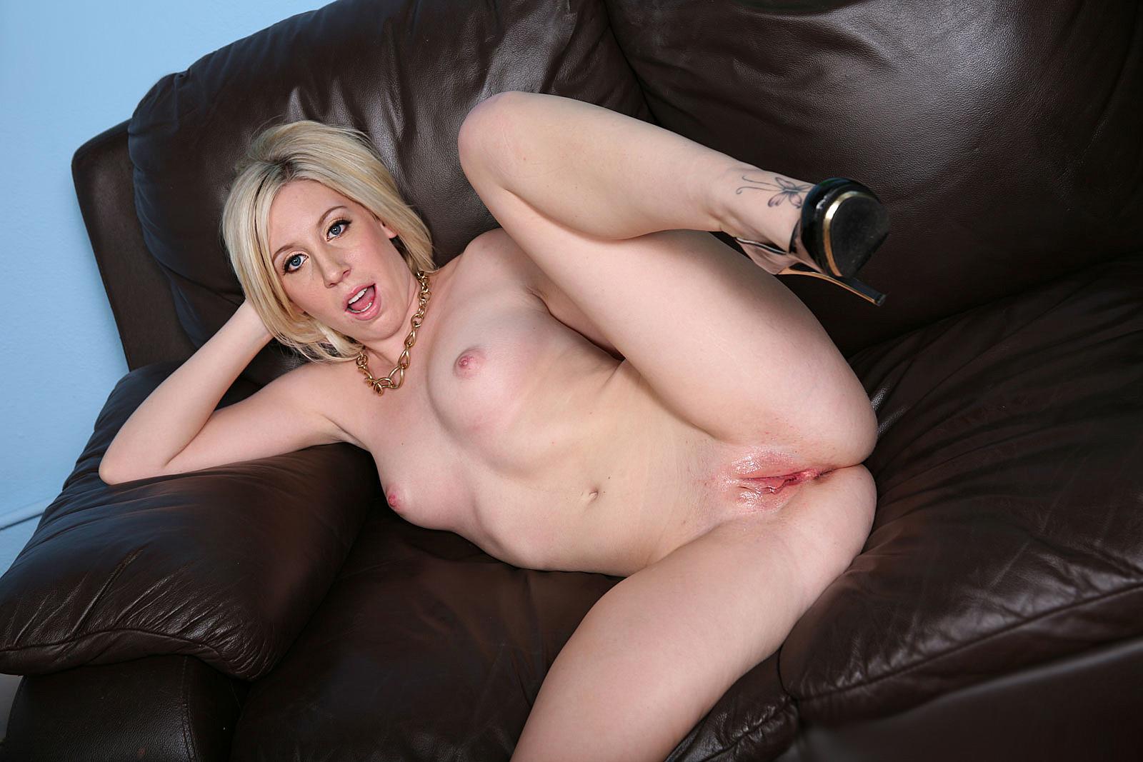 mature nudiste escort cachan